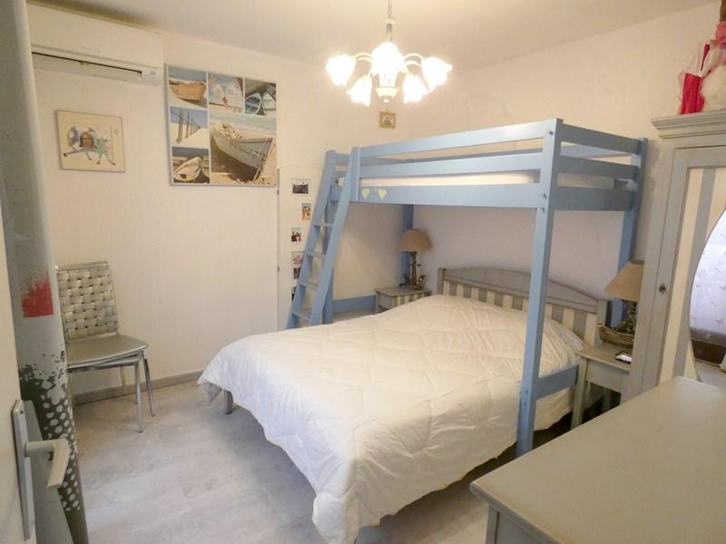 VILLA T2 + coin nuit RDJ villa mitoyenne climatisée SIX FOURS LES PLAGES