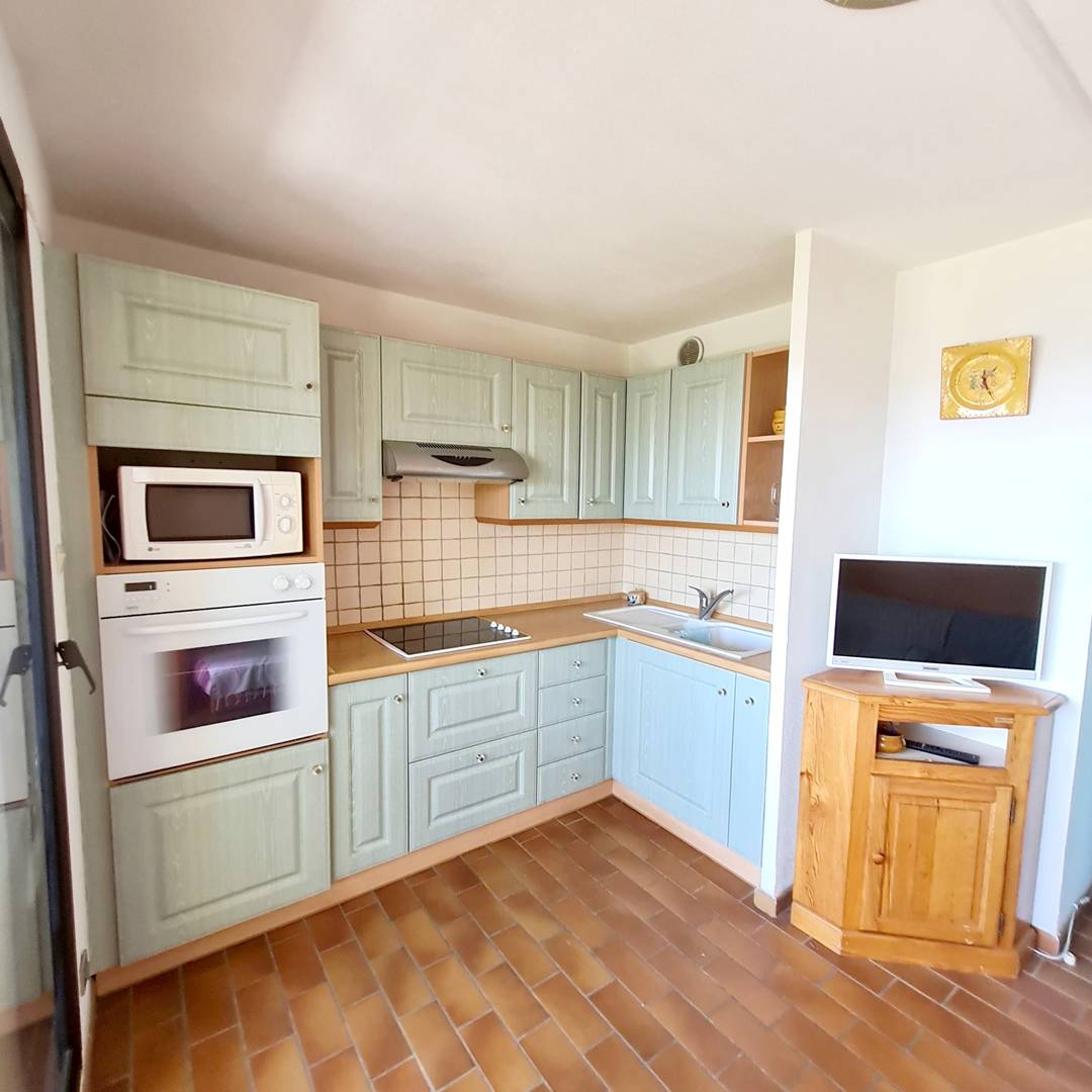Jardin Azur T2 cabine petite vue mer et piscine SIX FOURS LES PLAGES