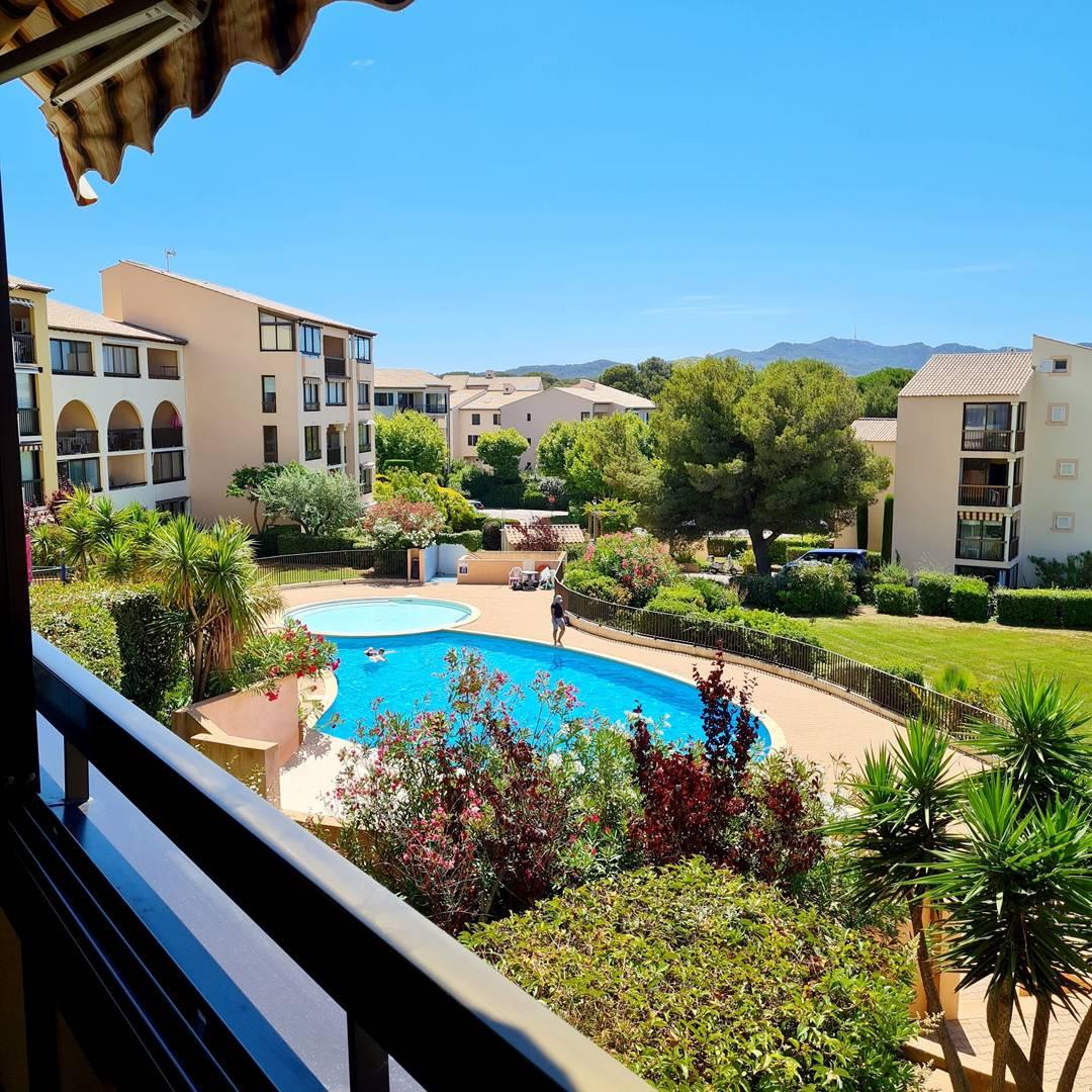 Jardin Azur T2 cabine vue mer et piscine SIX FOURS LES PLAGES