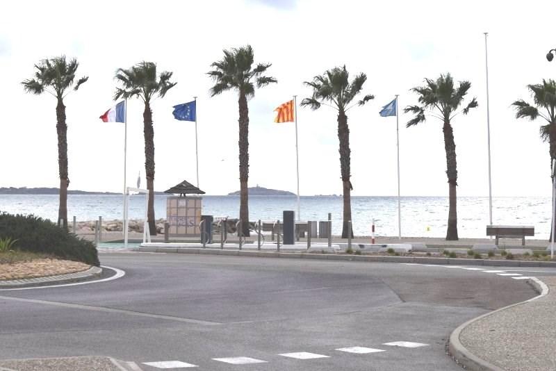 Les Vacances T3 clim séjour et chambre lit double sans piscine LES LÔNES