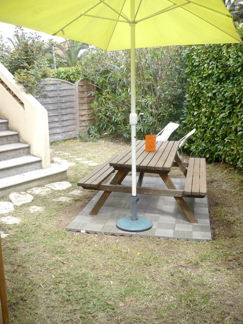 HAUT DE VILLA T3 Haut de villa avec jardin LES LÔNES