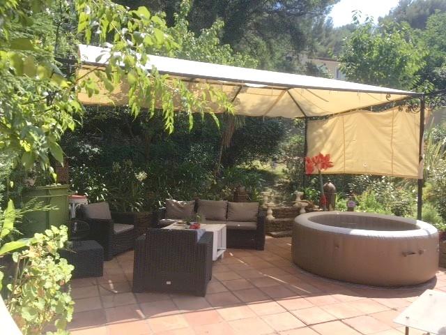 Location de vacances Belle villa contemporaine 150 m2 avec jacuzzi ...