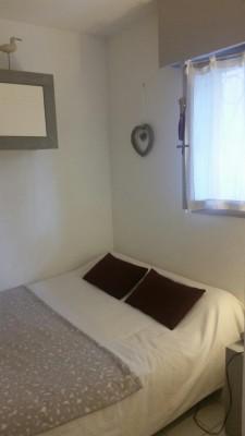 2ème chambre lit 2 personnes